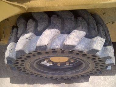 Nu-Air DT skid steer tire_4