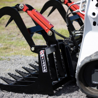 How to Choose the Right Skid Steer Grapple Bucket Attachment