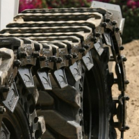 The Benefits of Over-The-Tire Skid Steer Tracks