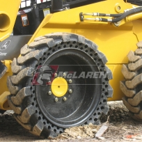 Maximizer_skid_steer_tire_02