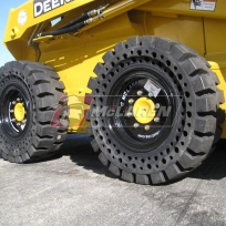 McLaren Nu-Air AT Telehandler tire_02
