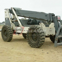 Flat Proof Tires on a Telehandler Terex TH844C United_Rentals